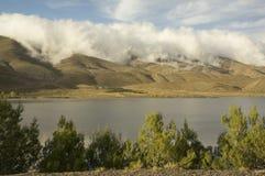 Wolken über dem Atlas lizenzfreie stockfotografie