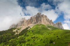 Wolken über dem mountayn großes Thach Stockfotos