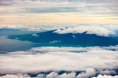 Wolken über hawaiischen Inseln Stockbild