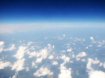 Wolken über Horizont lizenzfreies stockfoto