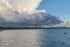 Wolken über Meer Stockbilder