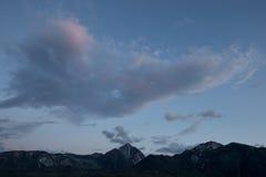 Wolken über Mt Morrison Lizenzfreies Stockbild