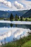 Wolken über Sankt Ulrich morgens Pillersee, Österreich Stockbild