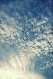 Wolken auf dem blauen Himmel Lizenzfreie Stockfotografie