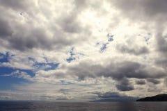Wolken auf dem Himmel stockfotos