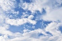 Wolken auf der schönen Stelle lizenzfreie stockfotografie