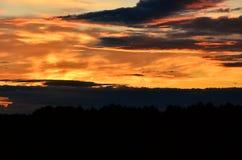 Wolken bij schemer Stock Afbeeldingen