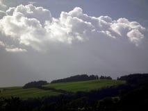 Wolken bij schemer royalty-vrije stock afbeelding