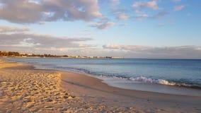 Wolken bij strand royalty-vrije stock afbeelding