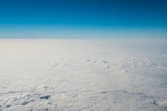 Wolken bij 32.000 Voet Stock Afbeeldingen