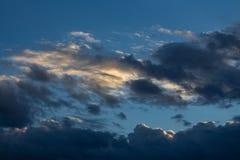 Wolken bij zonsondergang Stock Fotografie