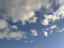 Wolken in de hemel Stock Fotografie