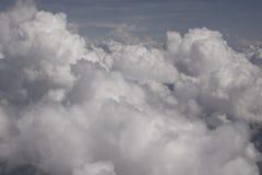 Wolken in de hemel over het bos in Venezeula Stock Foto