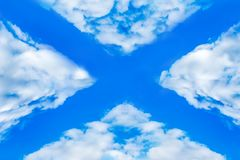 Wolken in de vorm van St Andrew ` s vlag royalty-vrije stock afbeeldingen
