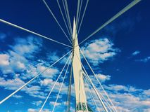 Wolken der Hängebrücke sonniger Tages stockfoto