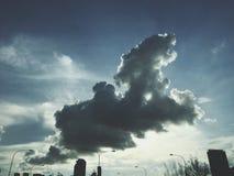 Wolken des Hundes Lizenzfreie Stockfotos