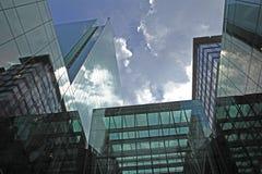 Wolken en Glas Stock Foto
