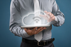 Wolken gegevensverwerking en wifi Stock Afbeelding