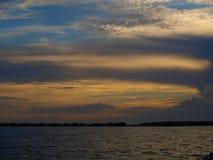 Wolken-Glühen lizenzfreie stockfotos
