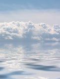 Wolken in het overzees Royalty-vrije Stock Afbeelding