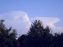 Wolken im Himmel Stockfotos