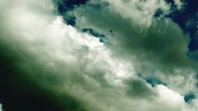 Wolken im Himmel stock footage