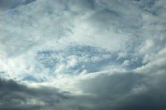 Wolken-Kreis mit Whitespace für Exemplar. Lizenzfreies Stockbild