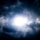 Wolken met een Licht Stock Afbeeldingen