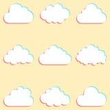 Wolken met gekleurde randen en pictogrammen voor wolk worden geplaatst die gegevens verwerken die voor Stock Afbeelding