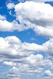 Wolken mit blauem Himmel Stockfotografie