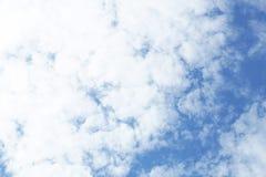 Wolken op de hemel Stock Foto's