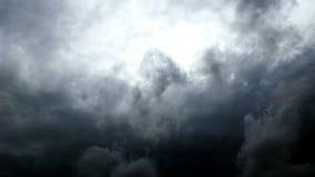 Wolken op hemel stock video