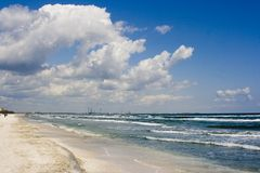 Wolken op zee Stock Afbeelding