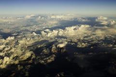 Wolken over de Bergen Stock Afbeelding