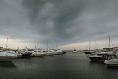 Wolken over de Zwarte Zee stock afbeelding