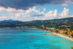 Wolken over Ipsos, Korfu Stock Foto's