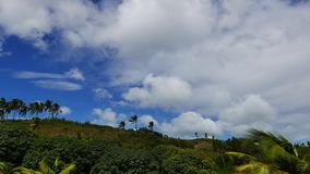 Wolken over Manjuyod-Heuvels 02 Keer Tijdspanne stock footage