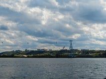 Wolken over Nizhny Novgorod royalty-vrije stock afbeelding