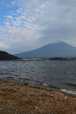 Wolken over Onderstel Fuji in Japan Royalty-vrije Stock Afbeeldingen