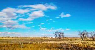 Wolken over vlaktes in Oostelijk Colorado stock footage