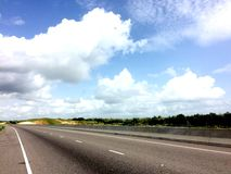 Wolken over Weg Jamaïca Royalty-vrije Stock Fotografie
