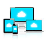 Wolken-rechnenanschluß auf modernen Einheiten Stockbilder