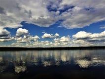 Wolken sind Schimmel Lizenzfreie Stockbilder