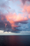 Wolken am Sonnenaufgang Lizenzfreie Stockfotografie