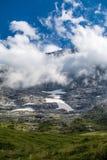 Wolken und Berg Stockbilder