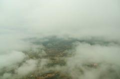Wolken und Draufsicht vom Ballon Stockfotografie