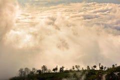 Wolken und Nebel Lizenzfreie Stockbilder