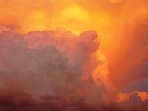 Wolken und Sonnenuntergang Stockfotografie