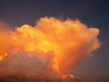 Wolken und Sonnenuntergang Lizenzfreie Stockfotografie