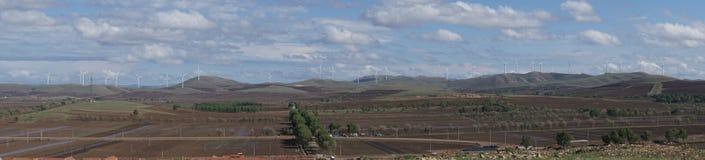 Wolken und Windmühlen Stockfoto